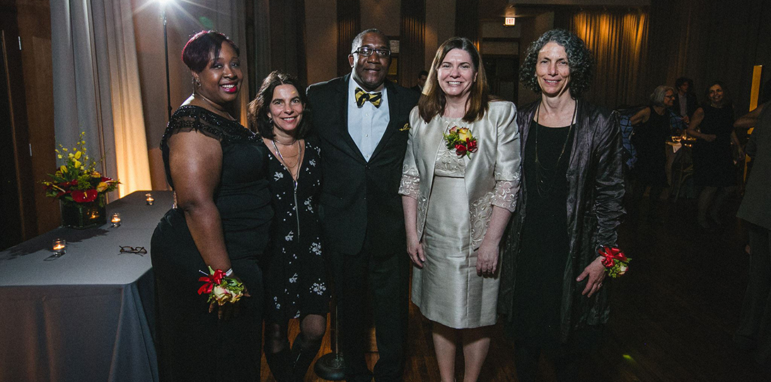 Dean Alfred Tatum poses with the honorees at the 2016 Alumni Honors Gala.