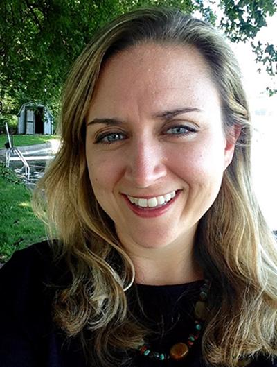 Kathleen Tysiak Headshot