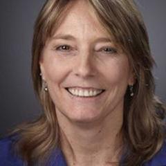 Lisa Cushing Headshot