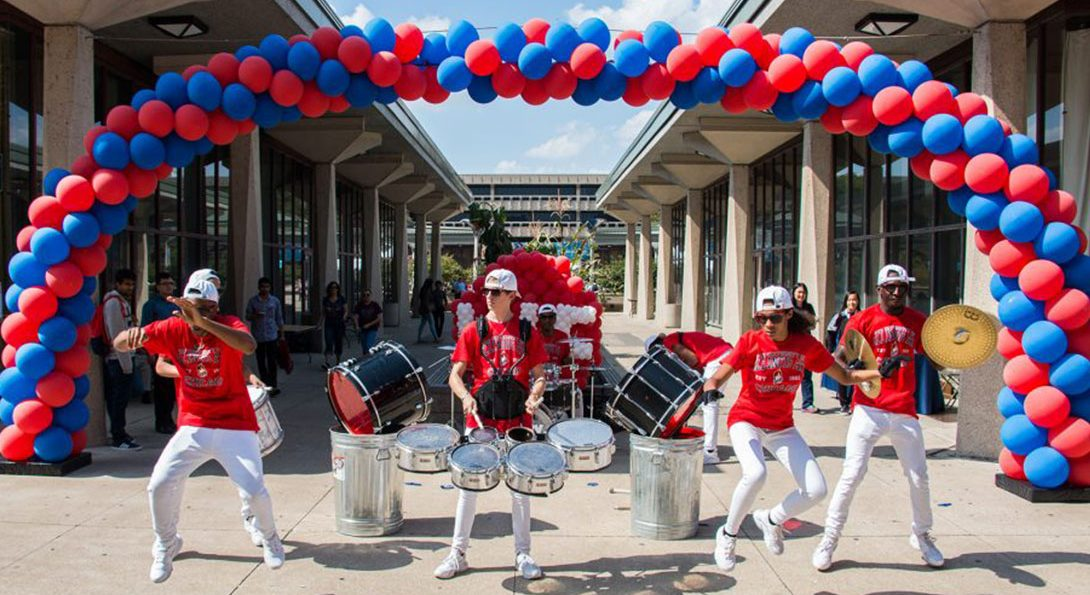 UIC students perform at Open House 2018